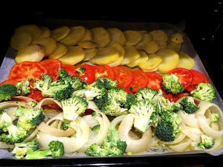 Bacalao al horno en una cama de verduras chef paquitus - Verduras rellenas al horno ...